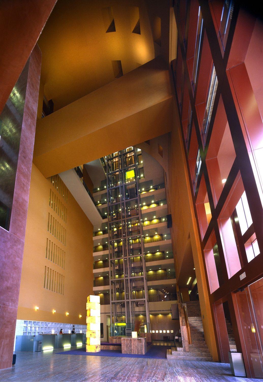 HOTEL SHERATON ABANDOIBARRA|Fotografía de : Jaime Ardiles-Arce