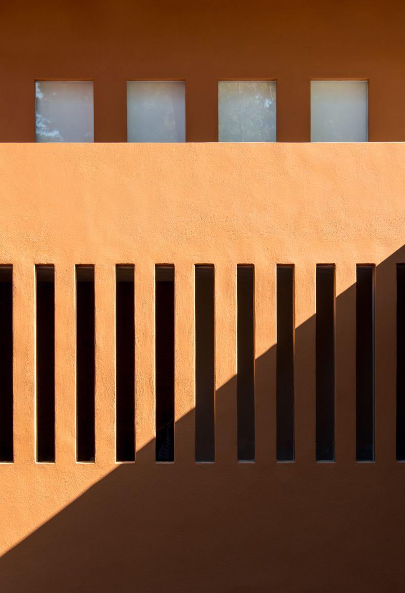 RUTA DEL BOSQUE RESIDENTIAL COMPLEX|Photograph by: Paola Migoya