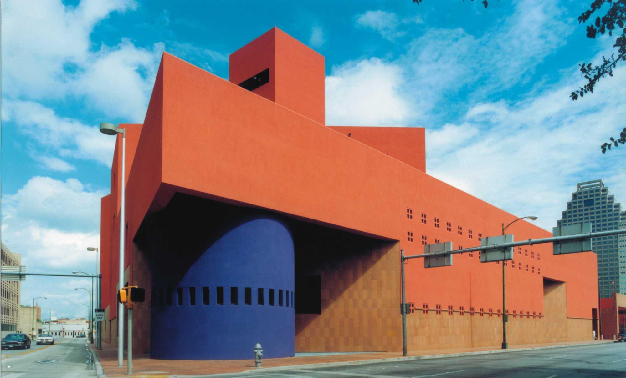 BIBLIOTECA CENTRAL DE SAN ANTONIO|Fotografía de : Lourdes Legorreta