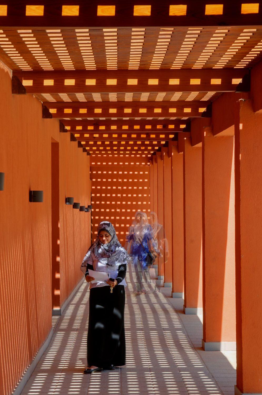 UNIVERSIDAD AMERICANA EN EL CAIRO CAMPUS CENTER Fotografía de : Barry Iverson
